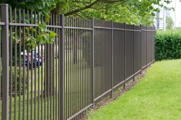 Fence Builders Auckland - Steel fences
