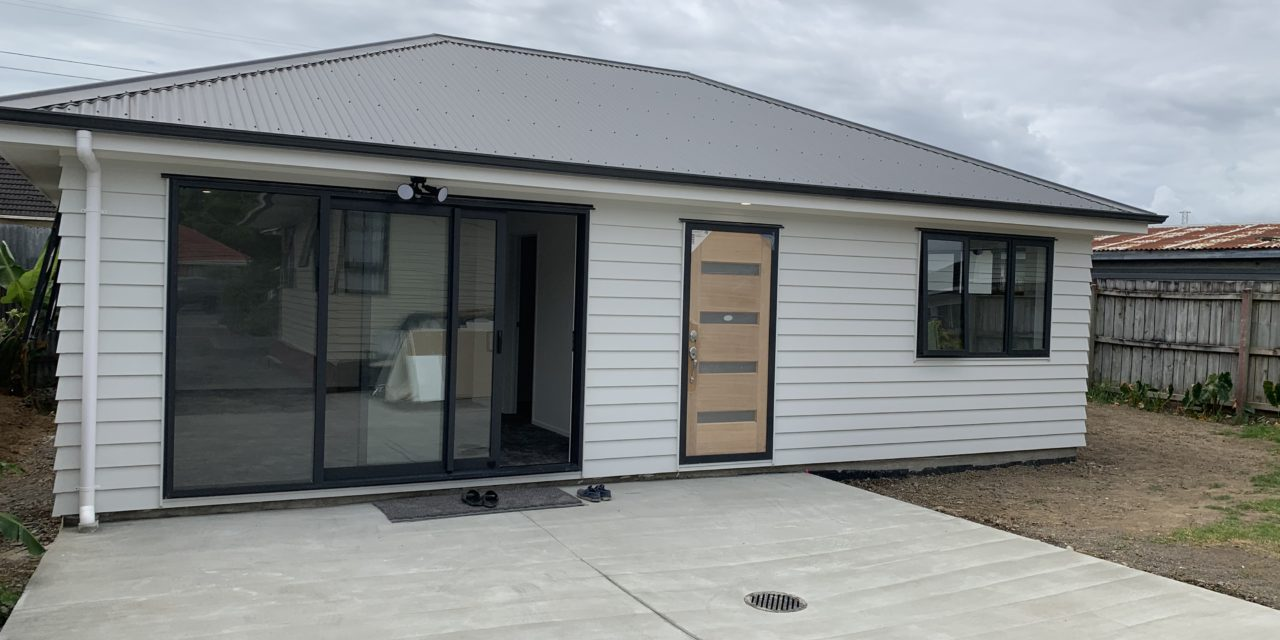 https://completehomerenovations.co.nz/wp-content/uploads/2020/02/IMG_2589-1280x640.jpg